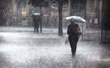 فيديو.. الأرصاد تحذر: سقوط أمطار غزيرة وسيول في هذا التوقيت