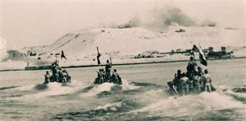 الفرقة 18مشاة تحرر القنطرة وترفع علم مصر فى 9 أكتوبر