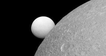 """اكتشاف """"غير متوقع"""" على قمر زحل """"تيتان""""!"""