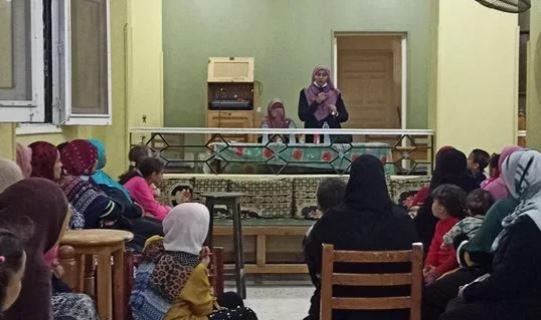 لقاءات نقاشية متنوعة لواعظات الأزهر مع السيدات بالبحر الأحمر