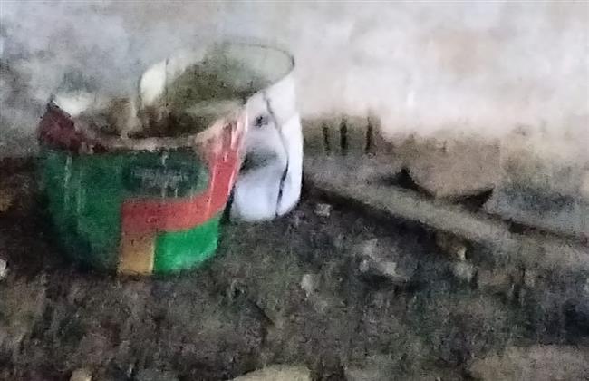 شاهد  الجيزة تضبط مخزن يحوي مواد سريعة الاشتعال بحدائق الأهرام