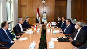 مباحثات لوزير البترول ونظيره اللبناني لاستكمال متابعة إجراءات وصول الغاز المصري