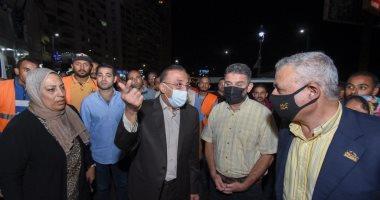 حملات مكبرة لإزالة الإعلانات واللافتات المخالفة بالأسكندرية
