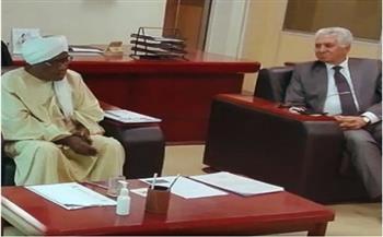 محافظ البنك المركزي السوداني يستقبل وفدا من الأكاديمية العربية للعلوم الإدارية والمالية
