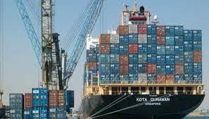 تداول 486 شاحنة و7700 طن بضائع عامة بموانئ البحر الأحمر