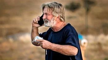 """«رصاص في مكان التصوير».. ألغازجديدة فى تحقيقات فيلم""""RUST"""""""