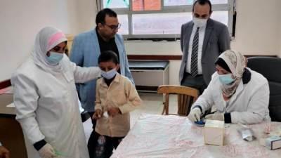 فحص ١٥٨٢١٤ طالب ضمن المبادرة الرئاسية لعلاج أمراض سوء التغذية البحيرة
