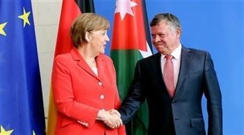 العاهل الأردني يمنح «ميركل» وسام النهضة المرصع