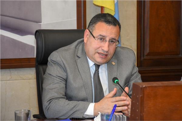 «قنصوه»: رفع حالة الطوارئ يعكس حالة الاستقرار الأمني والاقتصادي والاجتماعي لمصر