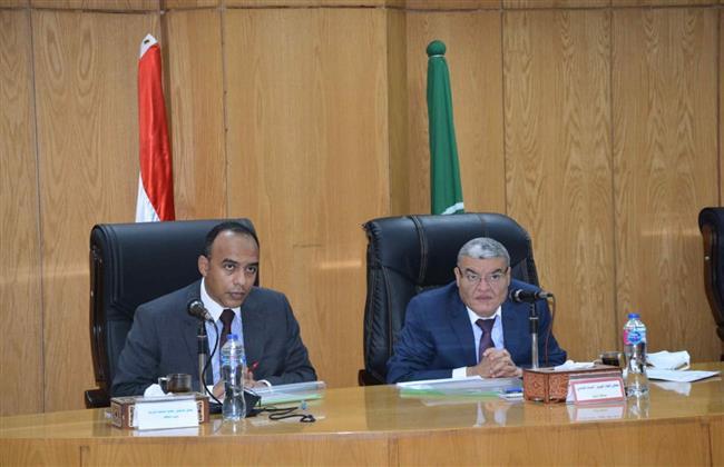 «القاضى»: تنفيذ 77% من أعمال مد وإحلال شبكات المياه والصرف الصحي