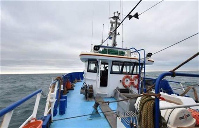 بريطانيا ترد على تهديد فرنسى بمنع قوارب الصيد