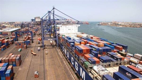 تداول 7200 طن بضائع عامة بموانئ البحر الأحمر