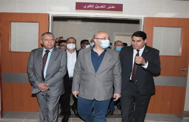 محافظ بني سويف يتفقد مستشفى اهناسيا بعد الانتهاء من تطويرها