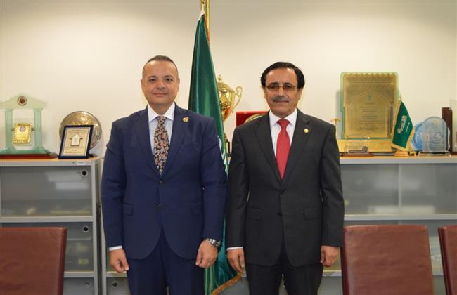 «البرلمان العربي» يلتقي المدير العام للمنظمة العربية للتنمية الإدارية ويبحثان سبل التعاون المشترك