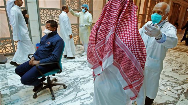 الوزراء الكويتي: منع المواطنين من السفر ما لم يتلقوا جرعتين من لقاح كورونا
