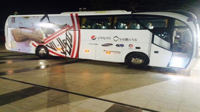 حافلة الزمالك تصل ستاد القاهرة لمواجهة أسوان