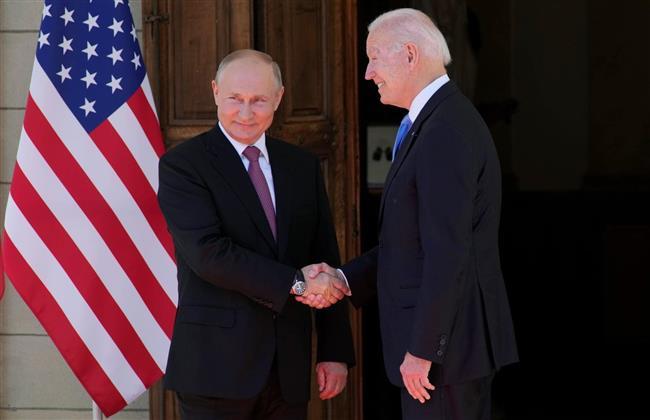 بوتين يشكر سويسرا على استضافة القمة الروسية - الأمريكية