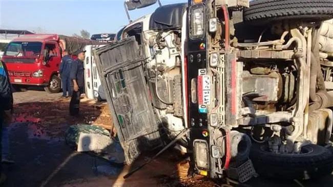 مصرع وإصابة 7 أشخاص فى انقلاب سيارة نقل بكفر الشيخ