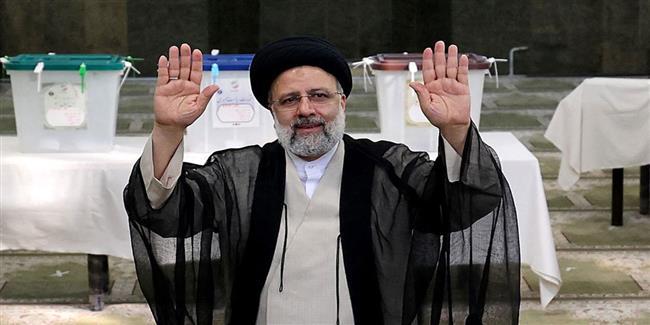 رسمياً.. إبراهيم رئيسي رئيساً جديداً لإيران
