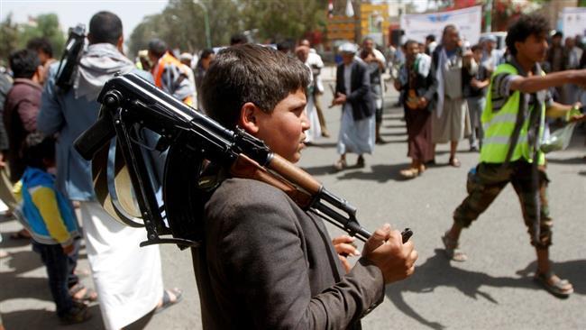 رصد: منظمة يمنية جندت أكثر من 12 ألف طفل