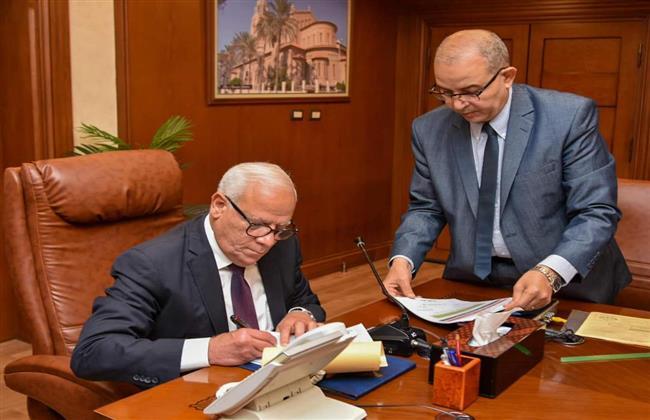 محافظ بورسعيد يعتمد نتيجة الشهادة الإعدادية بنسبة نجاح 82.41 %