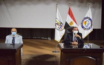 رئيس جامعة بنى سويف يترأس اجتماع مجلس شئون التعليم والطلاب