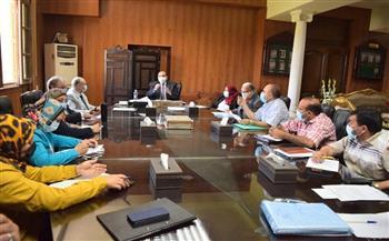 رئيس جامعة بني سويف يترأس اجتماعي «المنشآت»و«الوحدات ذات الطابع الخاص»