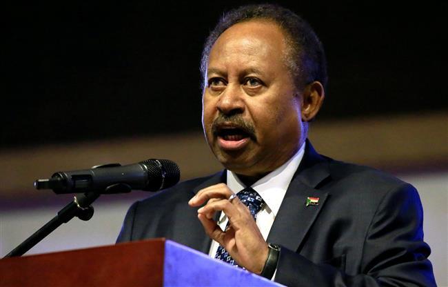 رئيس وزراء السودان يطرح مبادرة لحل «الأزمة السياسية»