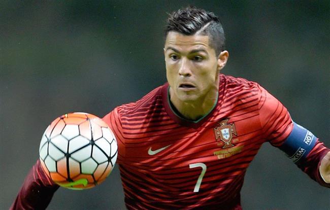رونالدو يقود البرتغال في مواجهة فرنسا