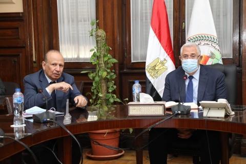 وزير الزراعة يؤكد على دعم الدولة للاستثمار المحلى والعربي والأجنبي