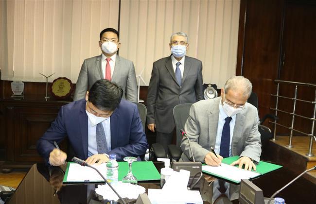 وزير الكهرباء يشهد توقيع مذكرة تفاهم لتأسيس أول أكاديمية لتكنولوجيا المعلومات