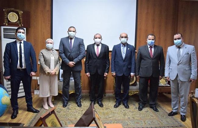 رئيس جامعة بني سويف يستقبل لجنة قطاع المجلس الأعلى لتفقد المعهد العالي للتراث