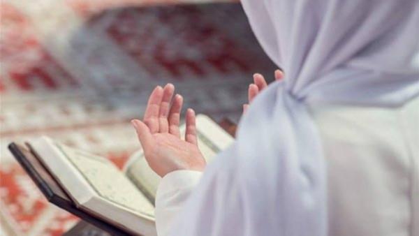 متى تقرأ سورة الواقعة لجلب الرزق ؟