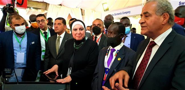 وزيرا التجارة والصناعة والتموين يفتتحان معرض «صنع فى مصر» بمدينة جوبا