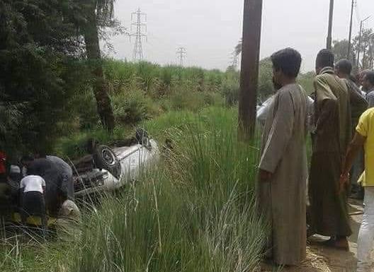 بالأسماء.. مصرع وإصابة 9 أشخاص في حادث تصادم 3 سيارات بطريق الأربعين الزراعي بقنا