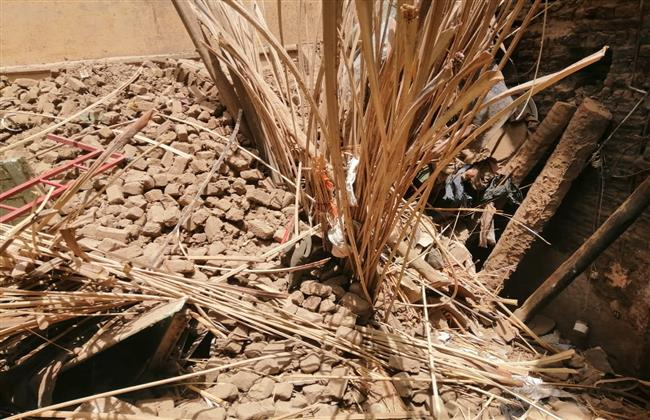 مصرع وإصابة 4 مواطنين فى انهيار منزل بقنا