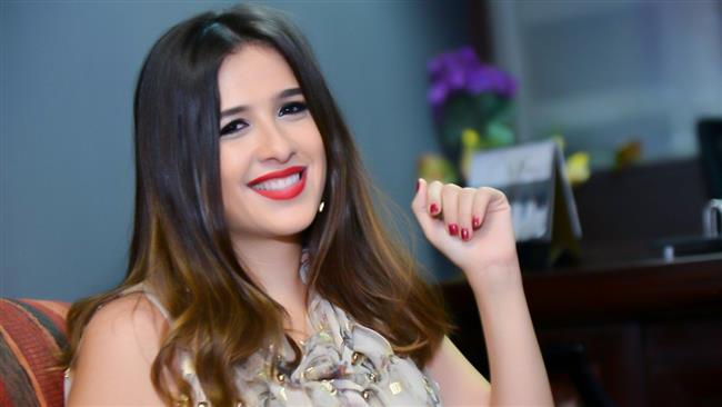 «العملية صعبة».. ياسمين عبدالعزيز في «العناية» وسط تكتم من العائلة