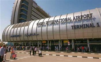 «جمارك مطار القاهرة»: ضبط محاولة تهريب عدد من الأقراص المخدرة