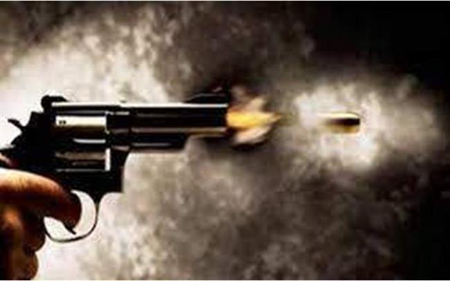 شقيق «برلمانى» يصيب مواطن بطلق ناري في دار السلام