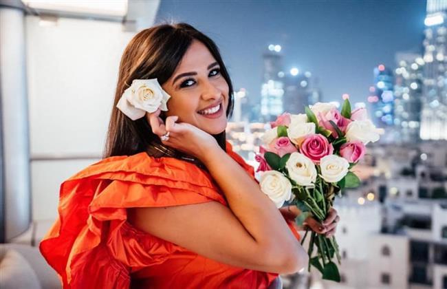 العوضى يكشف آخر تطورات الحالة الصحية لـ ياسمين عبد العزيز