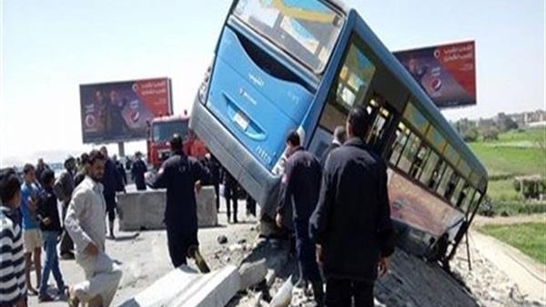 إصابة ٣٤ سيدة بحادث أمام ستاد برج العرب بالإسكندرية
