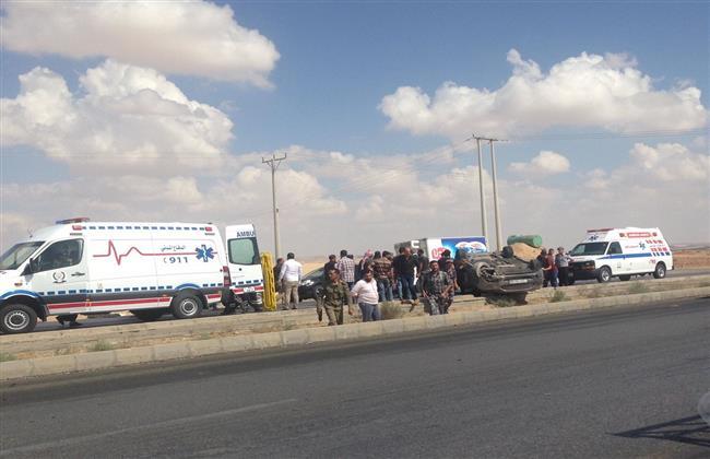 إصابة 7 أشخاص بالمنيا إثر تصادم سيارة على الطريق الصحراوي