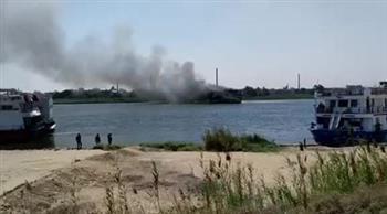 حريق فى باخرة سياحية على كورنيش النيل فى الجيزة