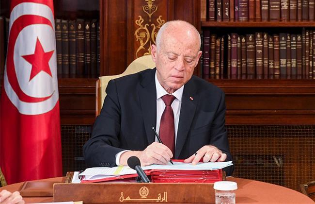 أخبار تونس اليوم.. نص المادة 80 التى بنى عليها قيس سعيد قراراته