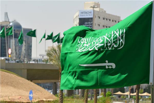 السعودية تمنع دخول «غير المحصنين» للمنشأت الحكومية والترفيهية