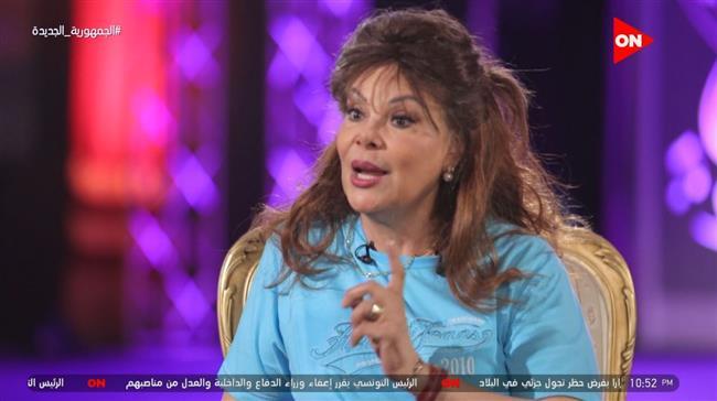صفاء أبو السعود: المهرجان مهم ووجود الشباب يمنحنى طاقة ايجابية