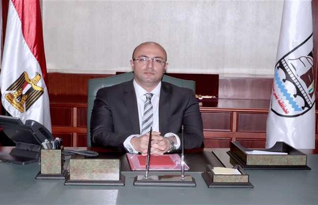 محافظ بنى سويف يحيل رئيس منطقة للتحقيق بسبب التراخى