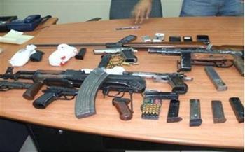 ضبط 25 قطعة سلاح نارى و111 قضية مخدرات