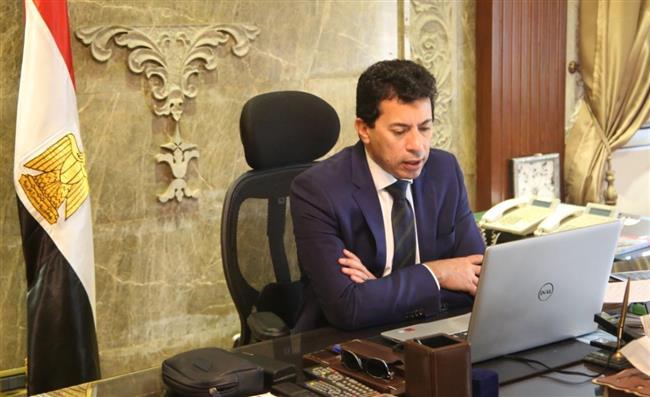 وزير الرياضة يهنئ كيشو بالبرونزية