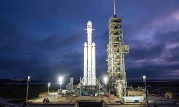 سبيس إكس تطلق 51 قمرا صناعيا من طراز ستارلينك